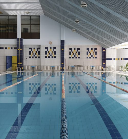 Interior,Of,A,Swimming,Pool